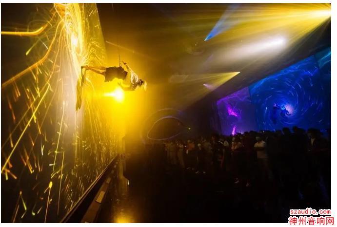 《经海山》带你看视听黑科技 一场拆掉舞台 侵袭舞台的戏剧革命