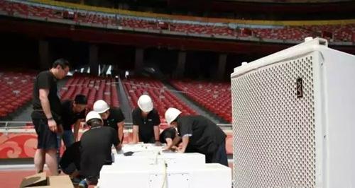 锐丰股份技术团队安装lax音箱